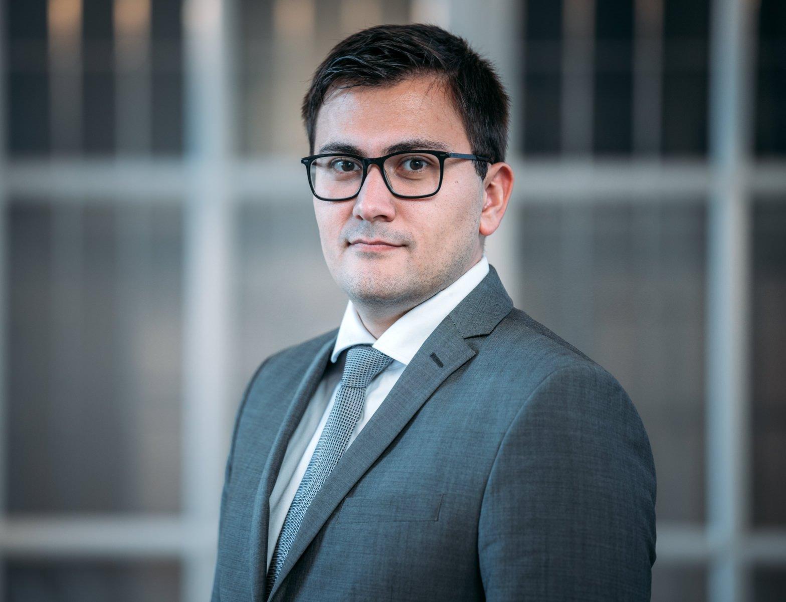 Dr. Gurgen Petrossian